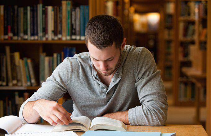 Os 5 principais livros que todo jovem investidor deve ler